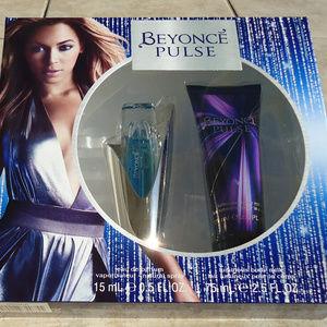 Pulse Gift set 0.5 fl oz spray and 2.5fl oz